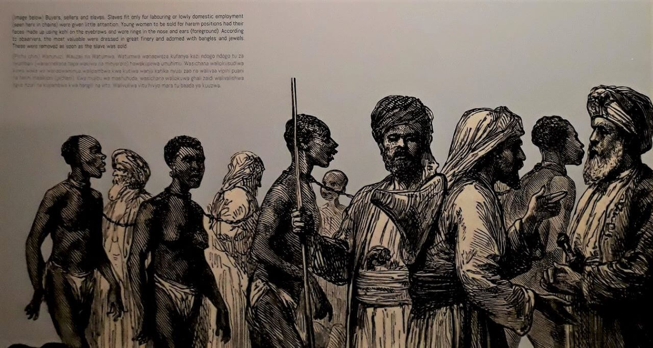 Slave market: buyers, slaves, and traders