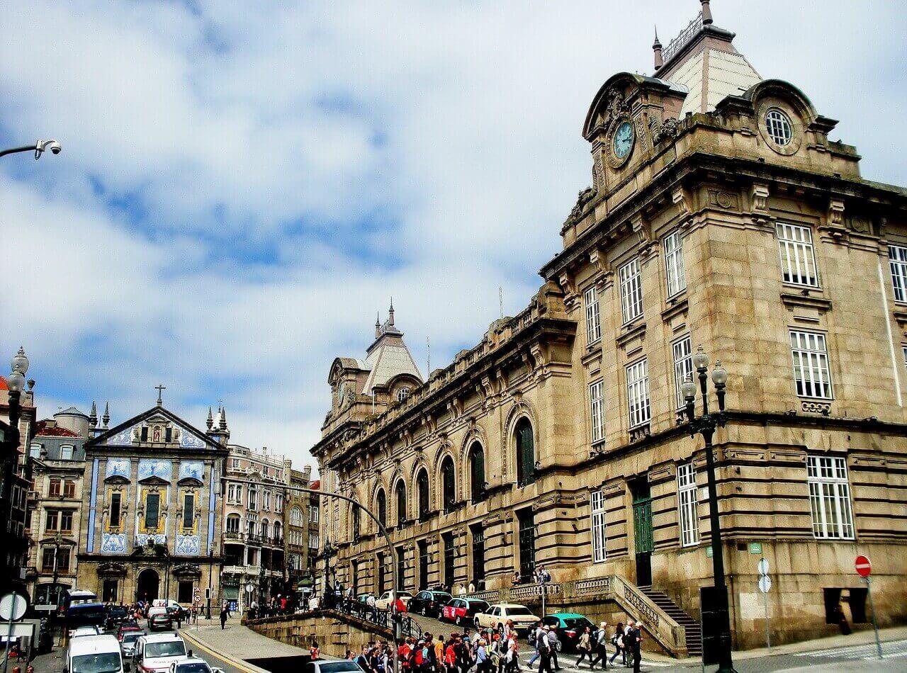 Porto, Igreja i Sao Bento railway station