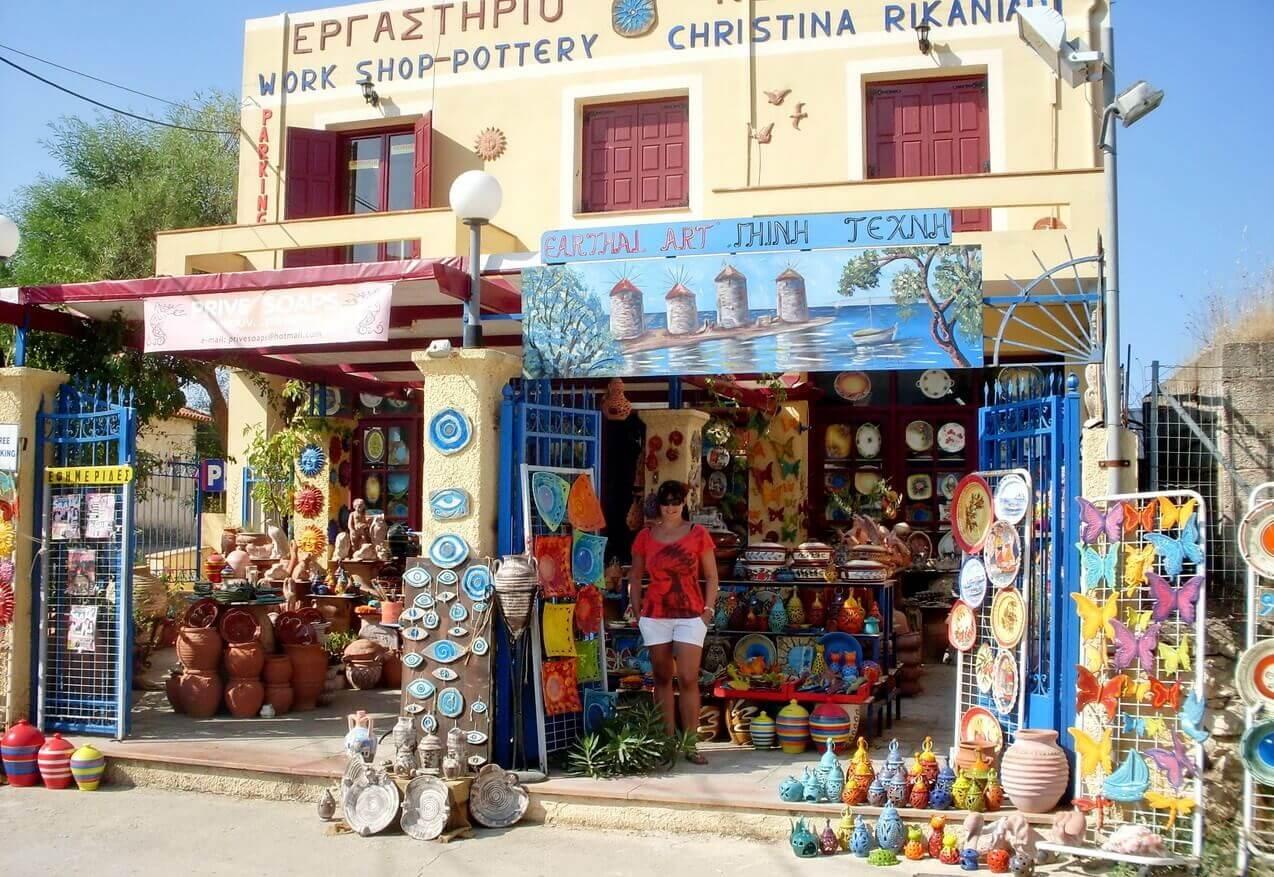 Chios, Armolia village, pottery shop