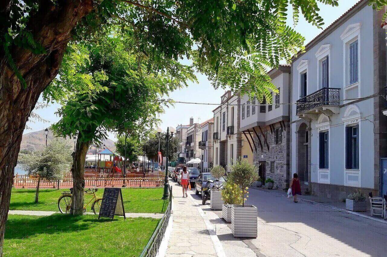 Promenade of Romeiokos Gialos