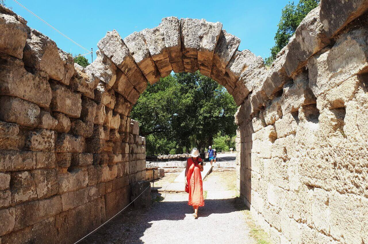 Crypt, the entrance of the Stadium in ancient Olympia